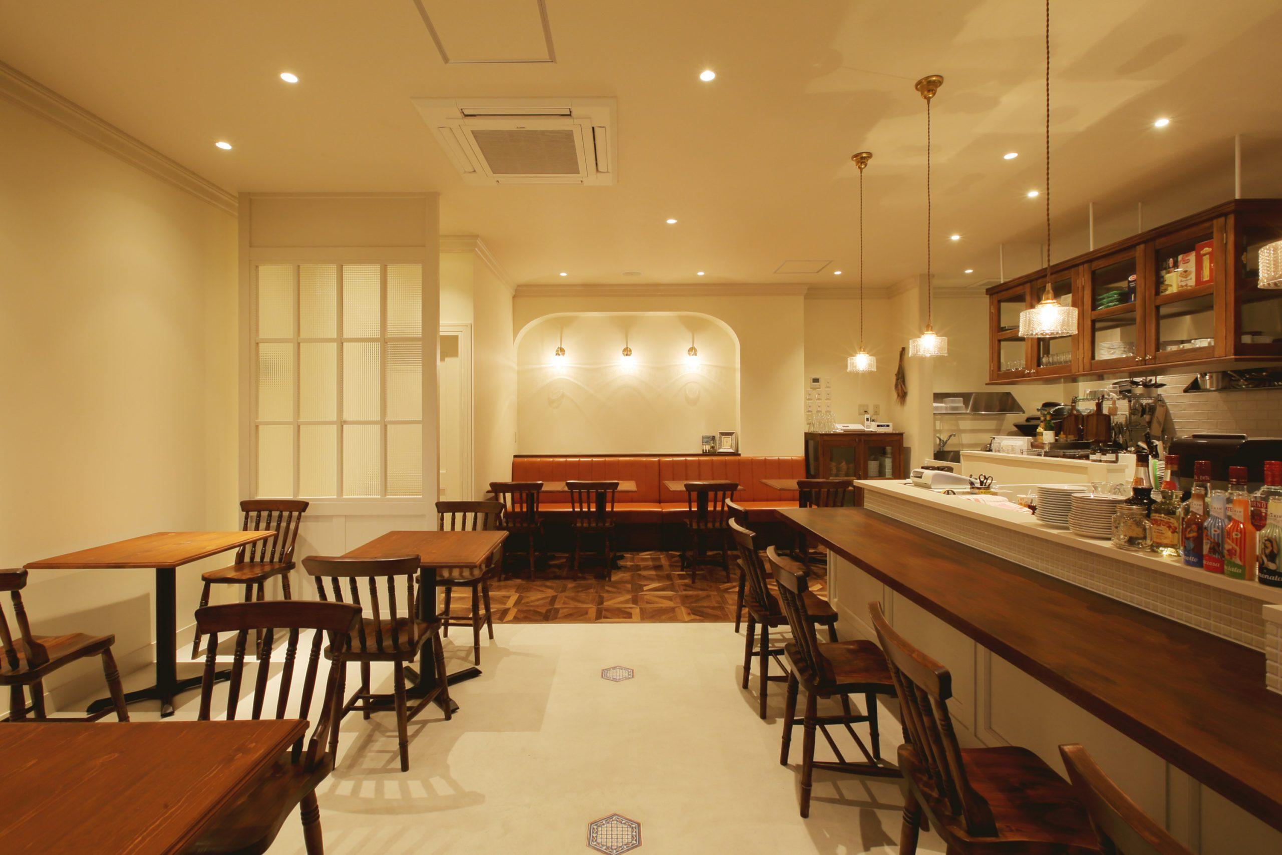 総社市_レストラン_CERCHIOの内装・外観02